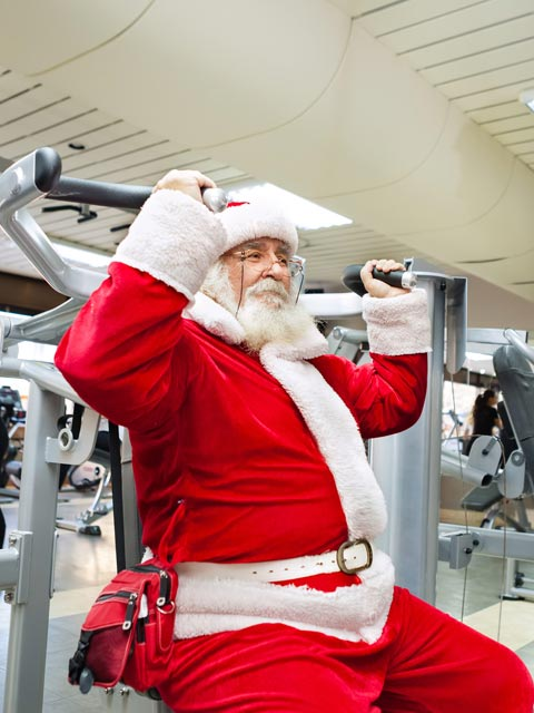 santa-getting-in-shape-at-prolife-gym-paisley-east-renfrewshire